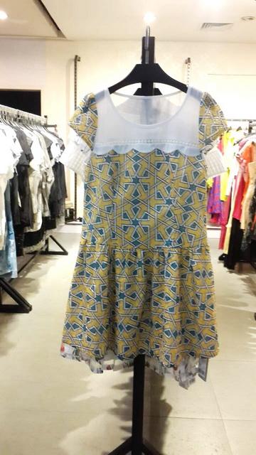 杭州知名品牌施蔓夏装连衣裙麦丝品牌折扣女装低价走份
