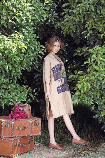 原创设计新款晒谷场棉麻夏季时尚休闲连衣裙走份