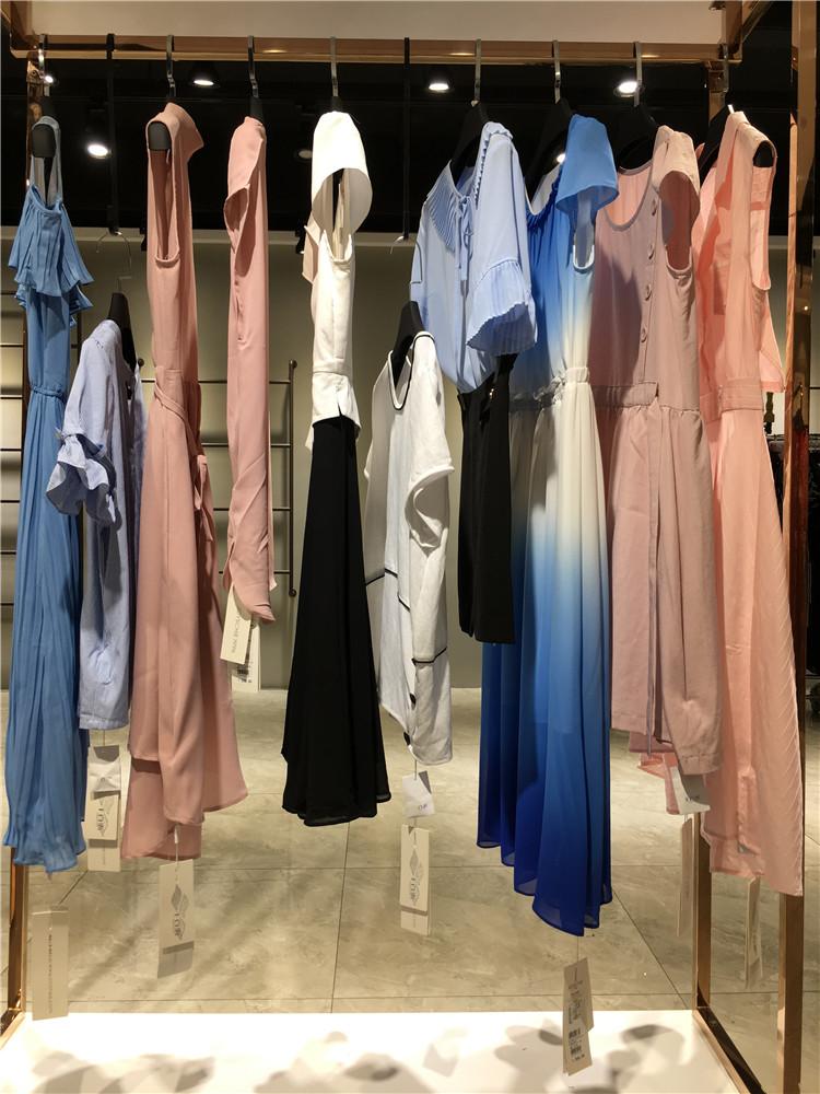 免加盟千百惠女装2020女装热销品牌特价走份
