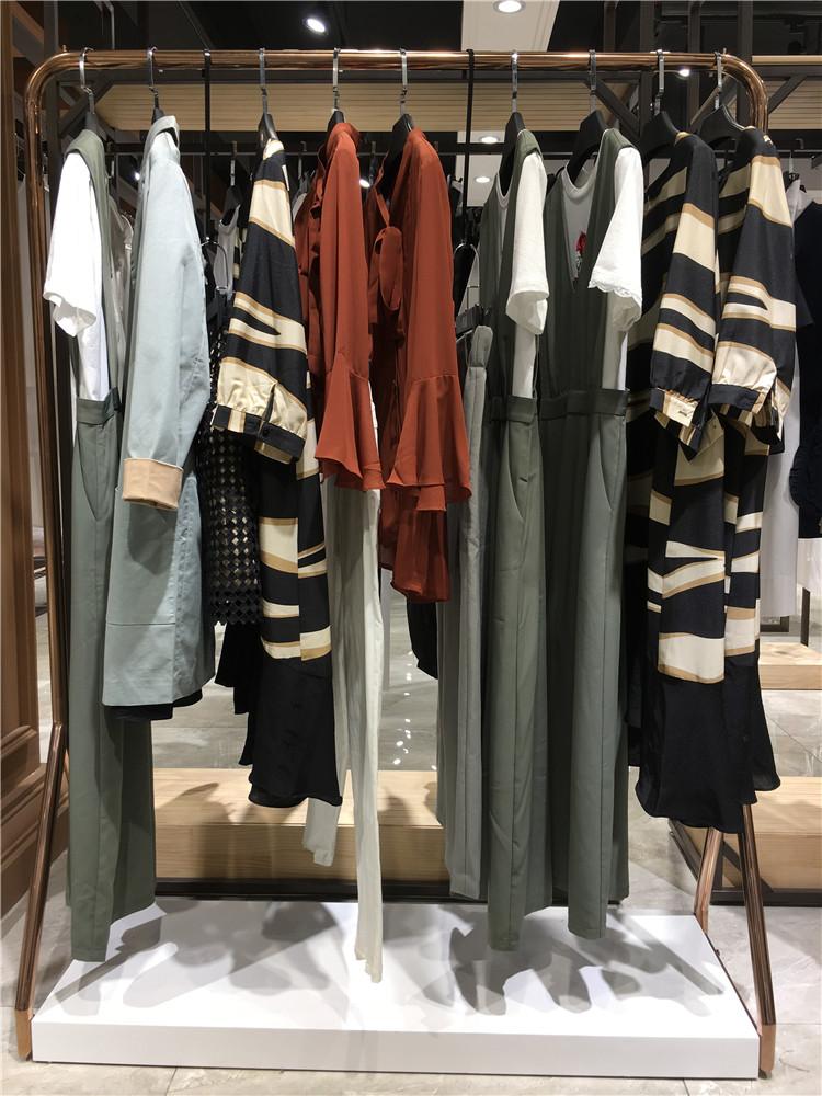 瑞丽韩诗2020夏装库存货源杭州品牌折扣店的特色货源