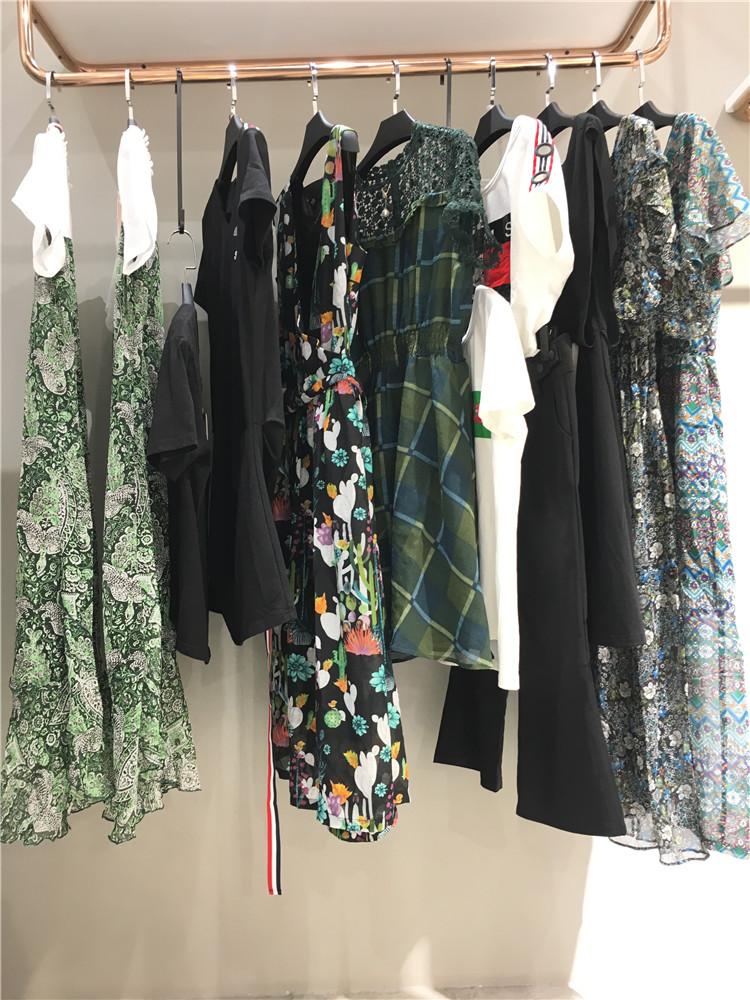新款潮牌夏装组合包布卡女装20夏品牌折扣