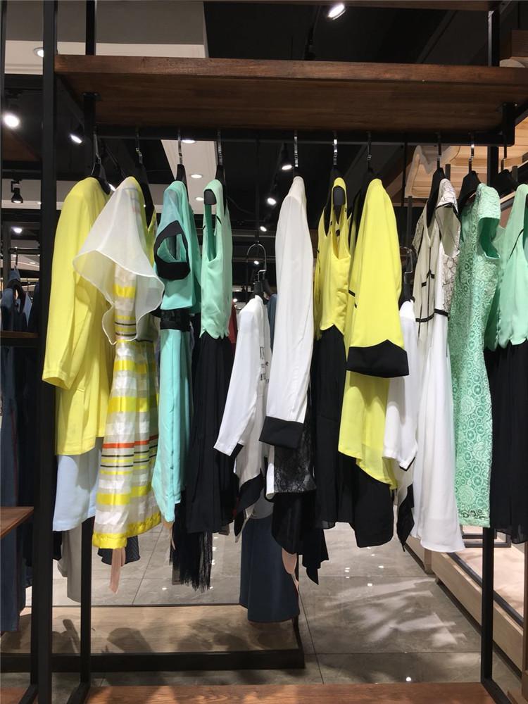 上海高端品牌折扣库存吉尼儿20年春夏女装