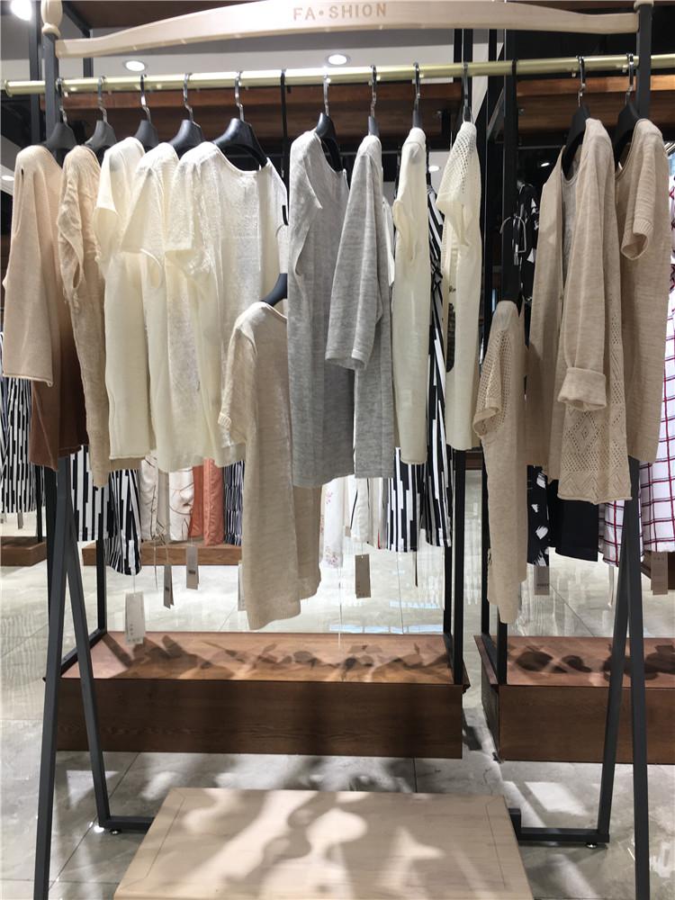 20年新货春夏女装娅迪丝绮品牌折扣店货源
