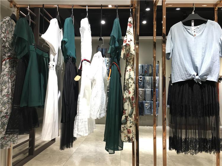 慕拉时尚优雅品牌女装折扣尾货走份批发