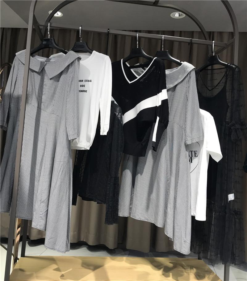女装品牌折扣加盟折扣原单尾货直播女装一手货源