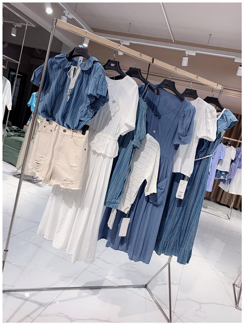2020春季跨境货源轻熟气质女装翻领大摆型连衣裙代理加盟直播女装一手货源