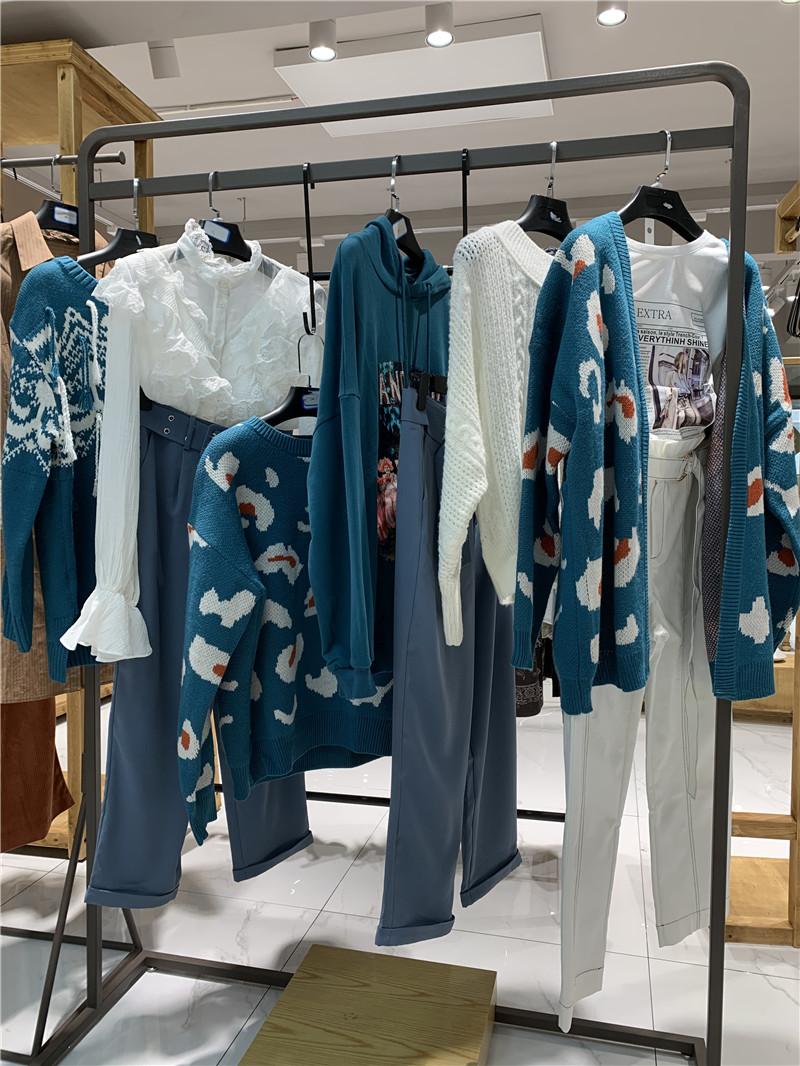 3S品牌折扣女装批发厂家货源服装代理直播女装一手货源