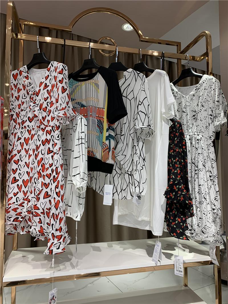 凯撒贝雷品牌折扣尾货厂家货源服装代理直播女装一手货源