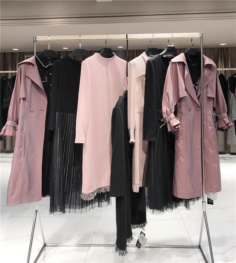 乡镇加盟服装折扣店品牌直播女装一手货源