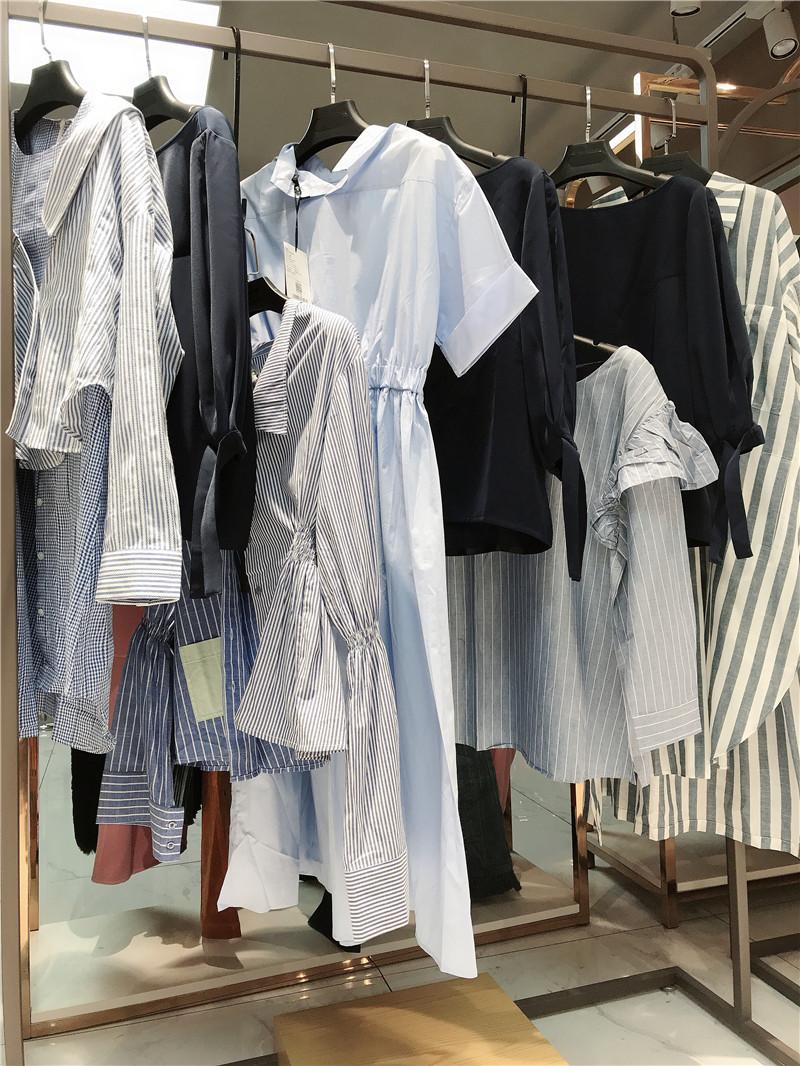 正品运动品牌折扣店加盟直播女装一手货源