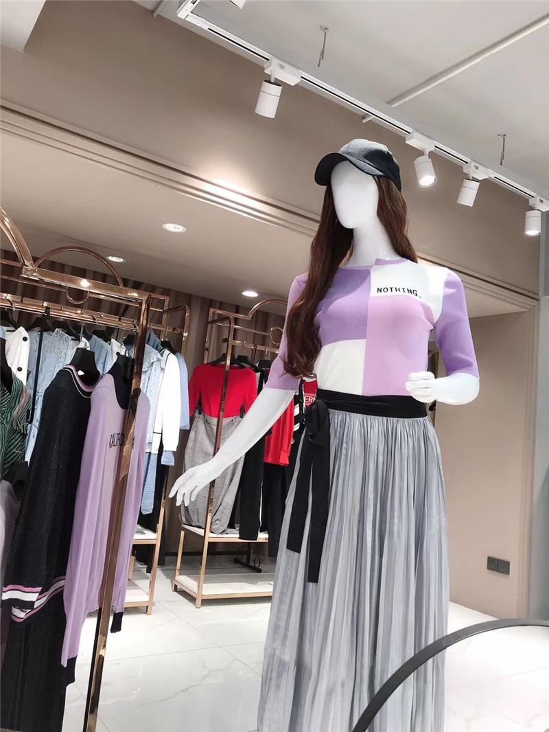 品牌折扣店适合开在什么地方直播女装一手货源