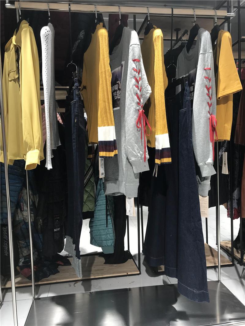 折扣店女装一手货源大品牌运动折扣店进货渠道