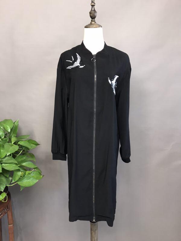 钡禾杭州女装批发时尚休闲宽松肥大品牌折扣折扣女装尾货哪里拿货