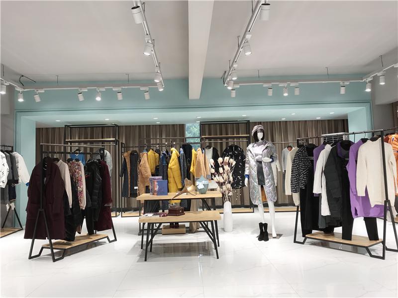 深圳哪里有品牌折扣店加盟快手直播女装尾货