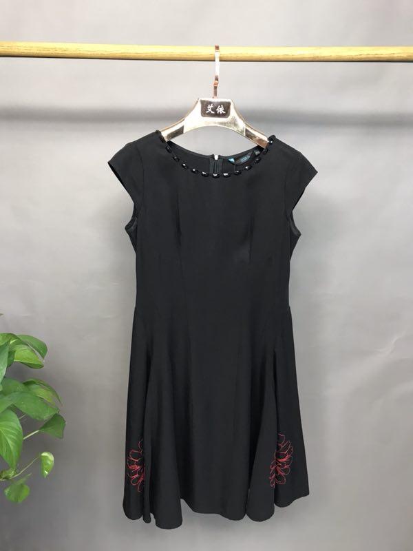 溆牌2020年夏季女装品牌折扣批发折扣女装尾货哪里拿货