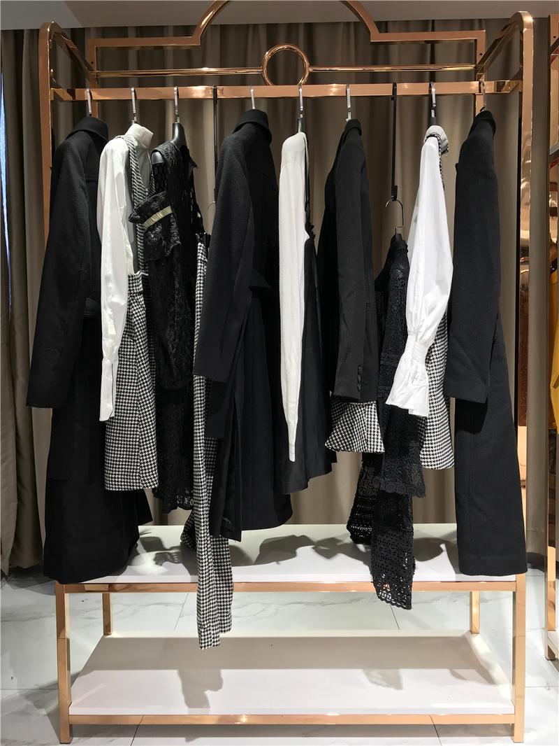 网上开店的货源选择主要有抖音直播女装货源