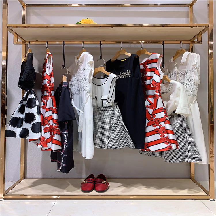 淘宝卖品牌折扣的进货渠道品牌折扣女装直播间进货渠道