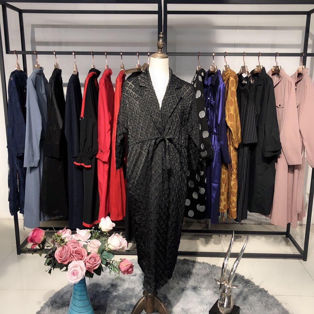 沐恩女装品牌折扣2020年春季货品批发折扣女装尾货哪里拿货