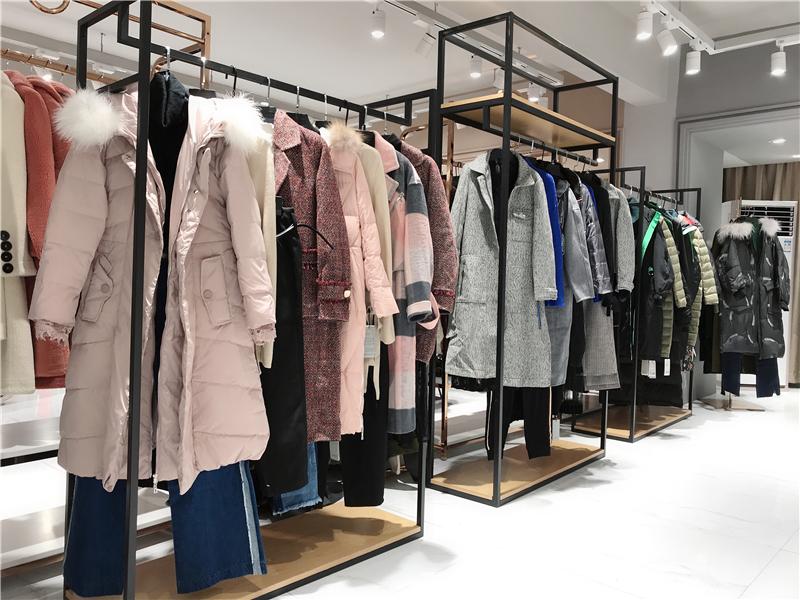 哥邦品牌女装折扣店厂家货源服装代理抖音直播女装货源