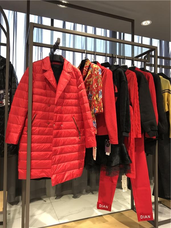 法尔莎FAERSA品牌折扣店女装生产厂家货源代理抖音直播女装货源