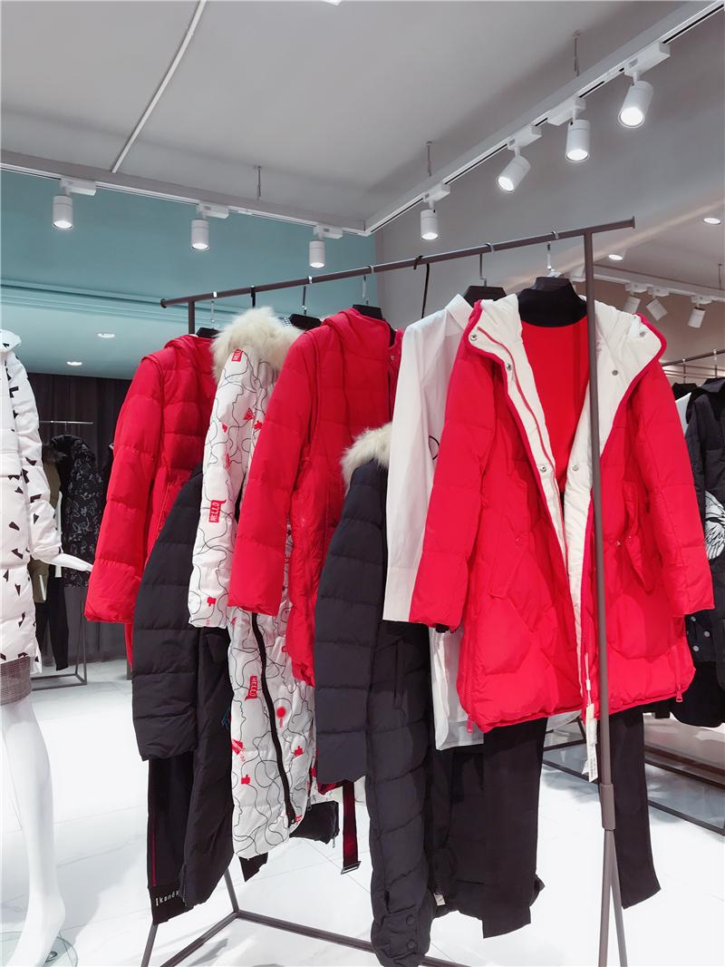 梵凯品牌折扣店女装生产厂家货源代理抖音直播女装货源