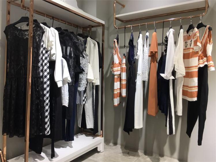 深圳高端品牌瑟纳2020新款夏装折扣尾货