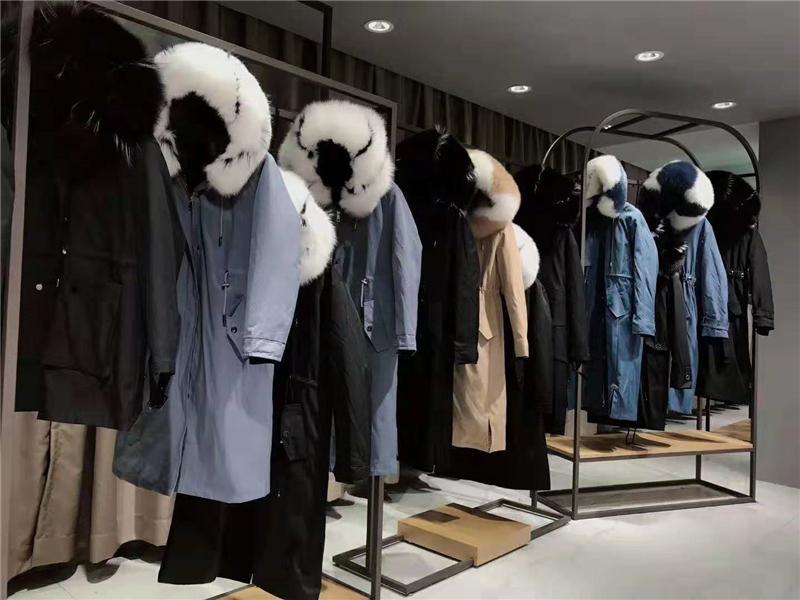 珂瑞雪品牌女装折扣店专柜正品货源渠道抖音直播女装货源