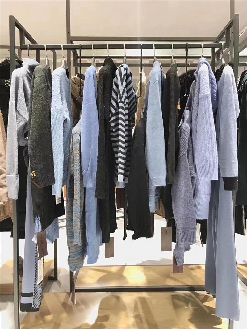 MISS宝姿毛衣品牌折扣店女装生产厂家货源代理抖音直播女装货源