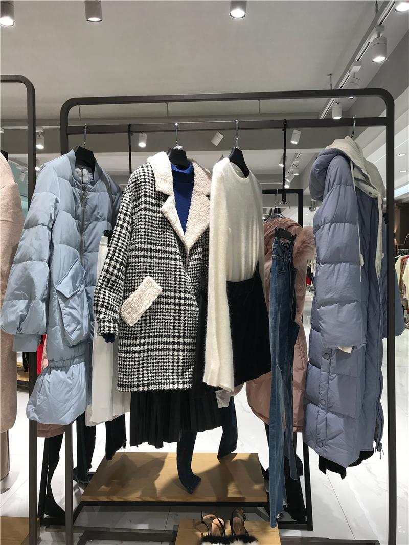 MR&Er品牌折扣店女装生产厂家货源代理抖音直播女装货源