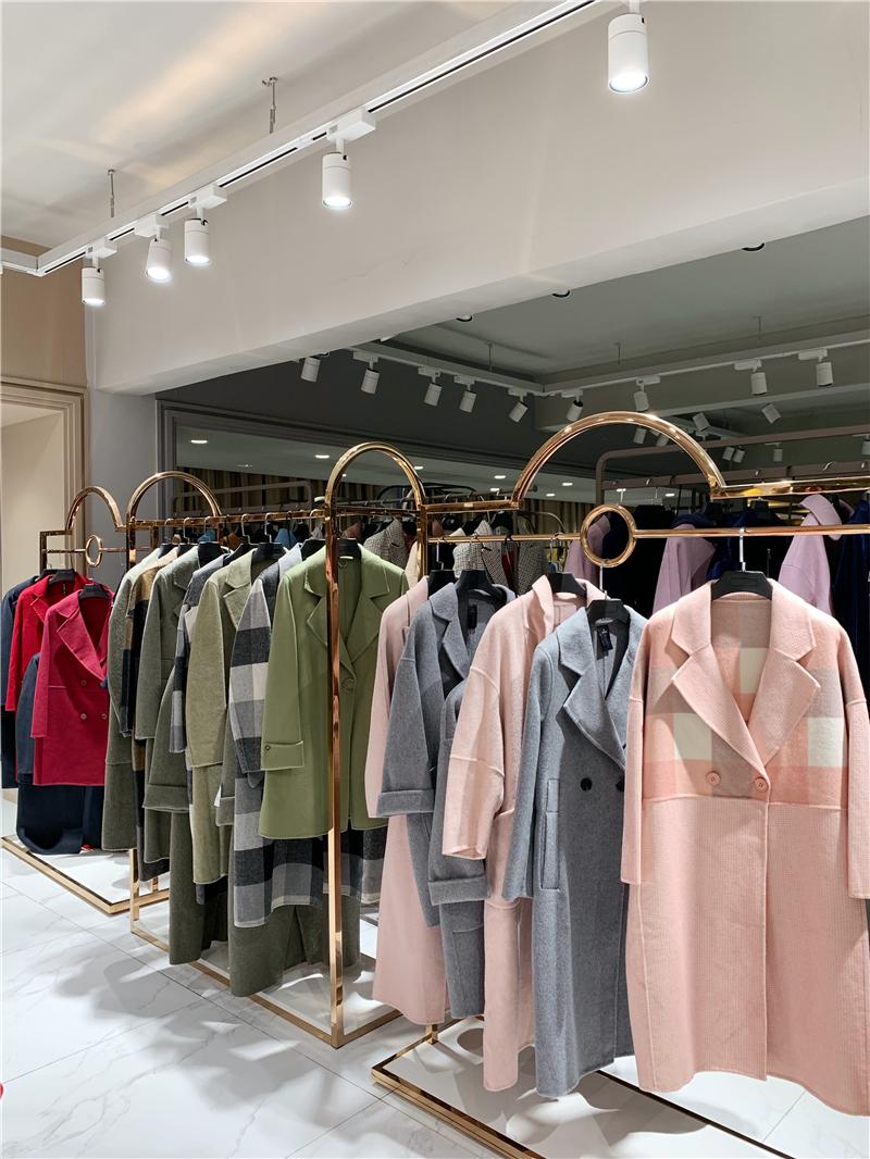 雅玛双面呢品牌折扣服装厂家货源服装代理抖音直播女装货源