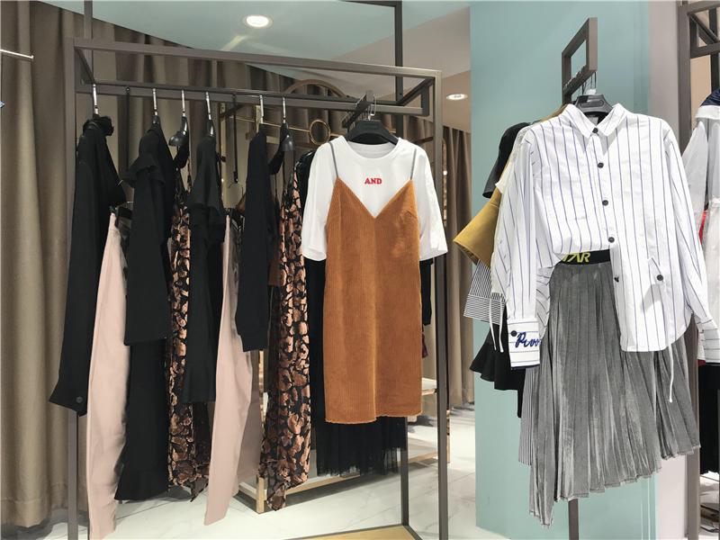 PEACEBIRD太平鸟品牌折扣女装专柜正品货源渠道抖音直播女装货源