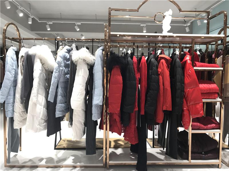 依目了然品牌折扣女装专柜正品清仓货源抖音直播女装货源