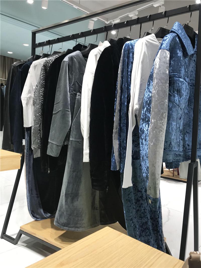 衣全球品牌折扣批发工厂直销免费代理抖音直播女装货源