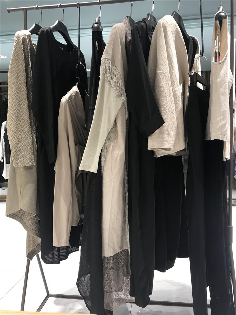 娅尼蒂澌&巴丽景品牌折扣女装专柜正品货源渠道抖音直播女装货源