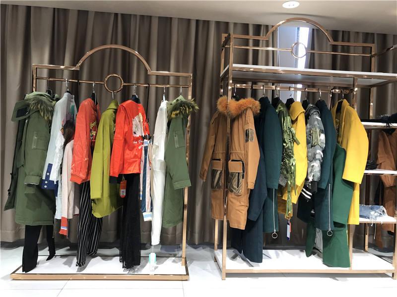 马克华菲品牌折扣女装专柜正品货源渠道抖音直播女装货源