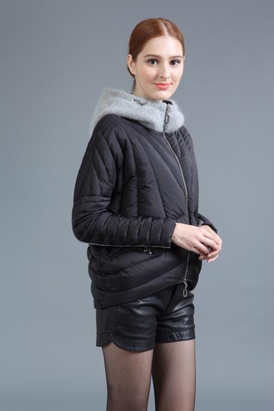 外单走份羽绒服品牌女装批发折扣女装尾货哪里拿货